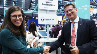Klépierre and the Renault Group: A unique partnership to provide innovative mobility services at shopping centers