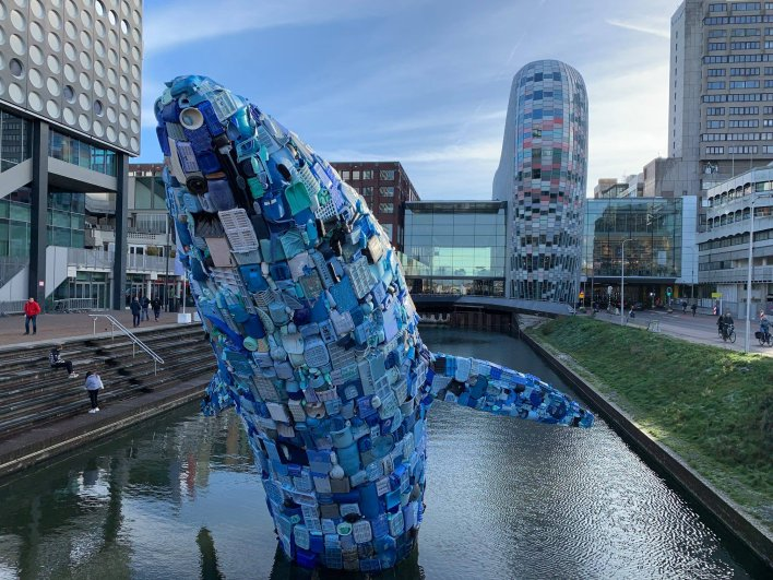 Whale of plastic waste floats in the Catharijnesingel